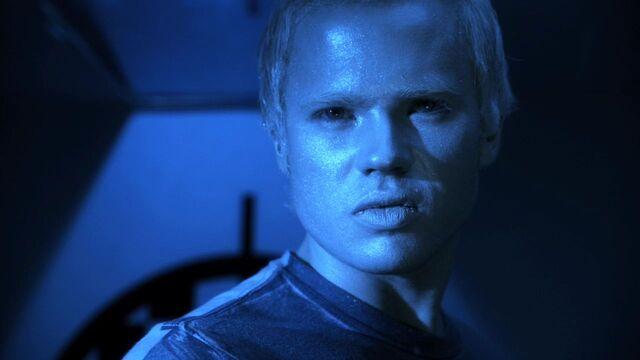 File:Cameron Mahkent Smallville.jpg
