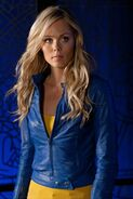 Kara Kent Smallville 001