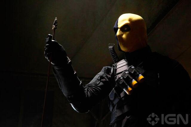 File:Deathstroke Arrow TV Series 001.jpg