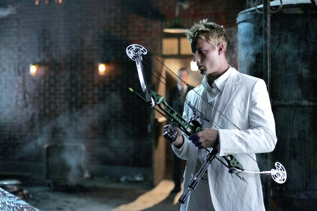 File:Smallville Episode Sneeze 001.jpg