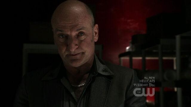 File:Amos Fortune Smallville 001.jpg