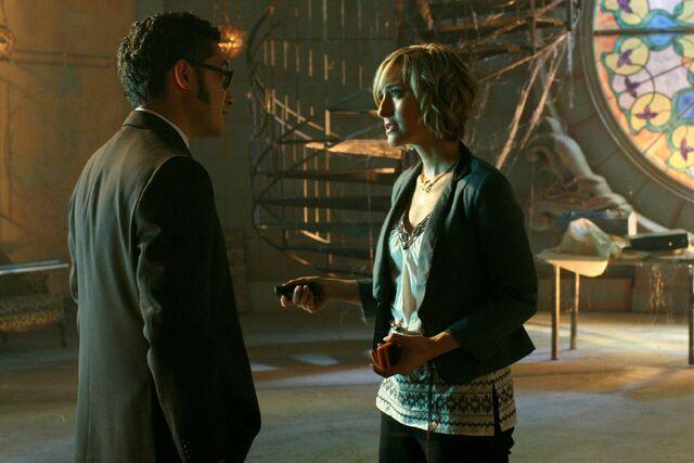 File:Smallville Episode Savior 001.jpg