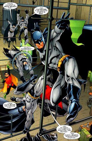 File:Batman Dick Grayson 0075.jpg