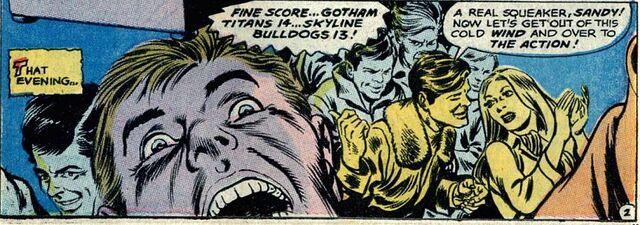 File:Titans vs Bulldogs 001.jpg
