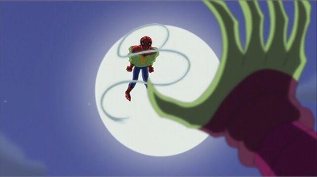 File:GG Drops Trapped Spider-Man SSM.jpg