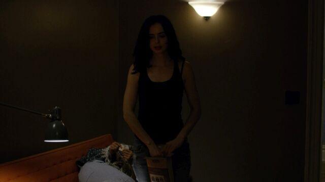 File:JessicaJones 1x06 AKAYoureAWinner 003.jpg