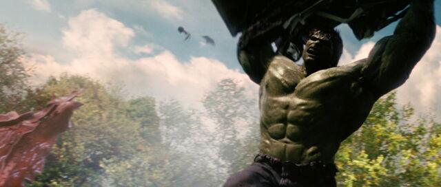 File:Hulk-Fights-Army.jpg