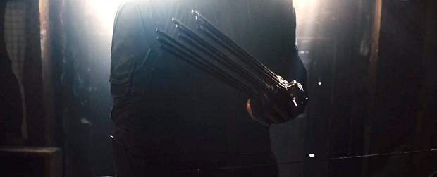 File:Avengers-2-Age-of-Ultron-Trailer-Hawkeye-Trick-Arrows-1024x416-1-.jpg