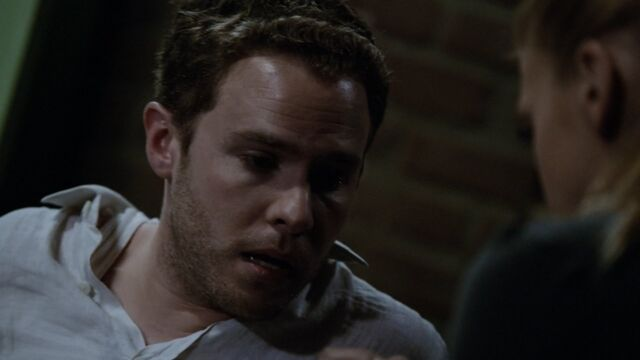 File:Leo-Fitz-comforted-by-Morse-S3E2.jpg