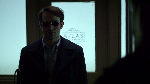 File:Matt-Murdock-encounters-Foggy-Awkward.jpg