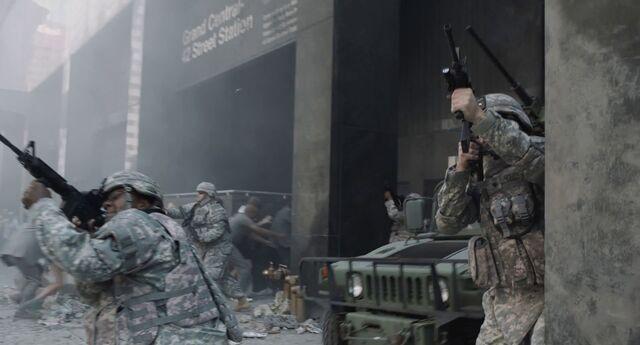 File:Army vs Chitauri.jpg