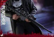 Punisher Hot Toys 24
