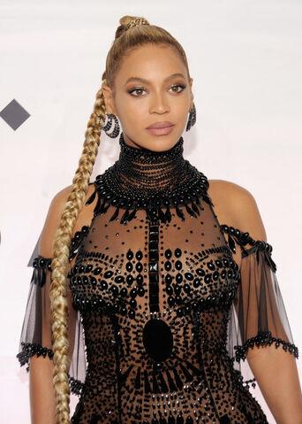 File:Beyoncé.jpg