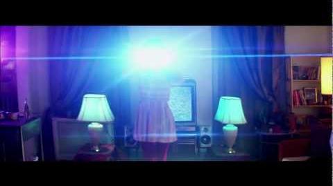 """BEACH HOUSE -- """"LAZULI"""" (OFFICIAL MUSIC VIDEO)"""