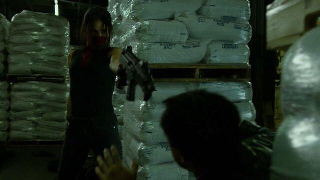 File:Elektra-Gun-YourLuckyDay.jpg