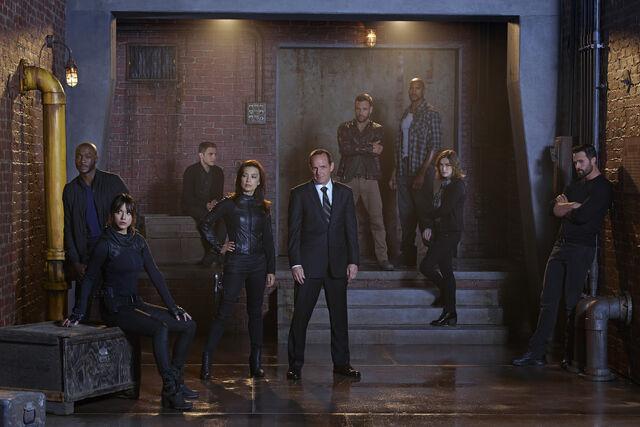 File:Coulson's team S2.jpg