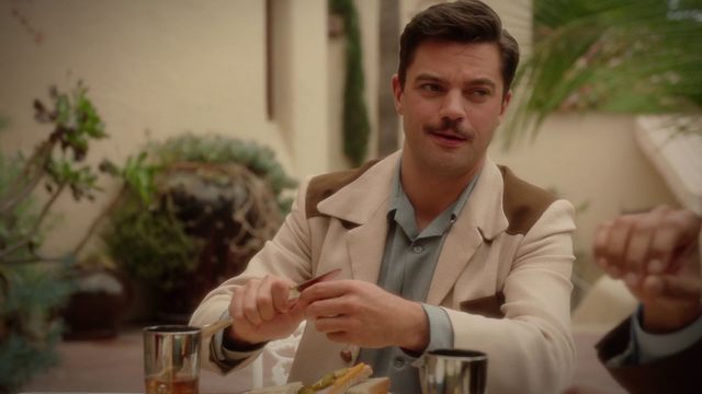 File:Howard Stark - Butter Knife.png