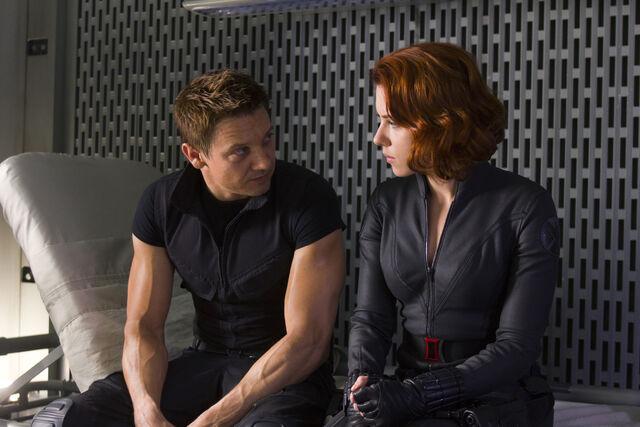 File:Black Widow and Hawkeye.jpg