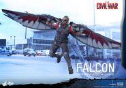 Falcon Civil War Hot Toys 7