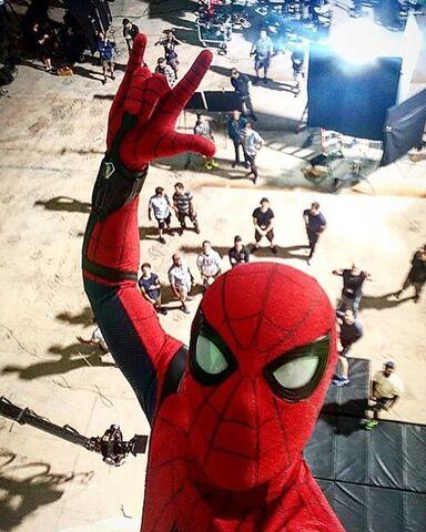 File:Spider-Man Selfie.jpg