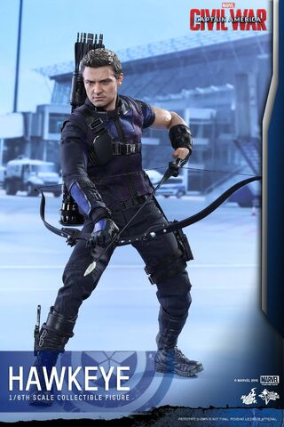 File:Hawkeye Civil War Hot Toys 8.jpg
