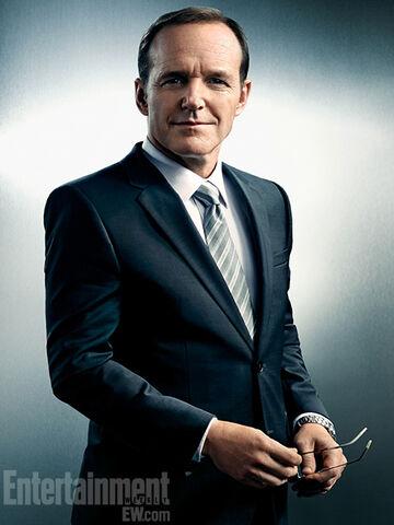 File:Agent-Coulson-Clark-Gregg.jpg
