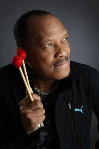 File:Roy Ayers.jpg