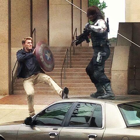 File:Cap vs Winter Soldier 5.jpg