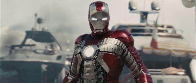 File:Iron-man-2-trailer2-header.jpg