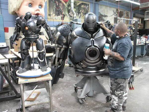 File:Iron-Monger-Helmet-and-Torso-13.jpg