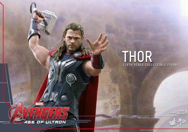 File:Thor AOU Hot Toys 7.jpg
