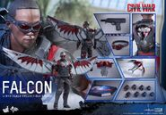 Falcon Civil War Hot Toys 22