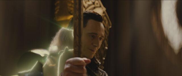 File:Odin Loki transformation 2.jpg