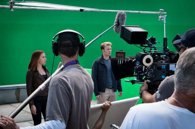 File:Cap Widow set photo.png