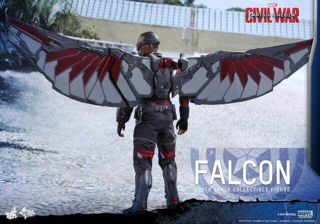 File:Falcon Civil War Hot Toys 4.jpg