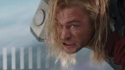 Thor-Escape-TheAvengers
