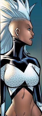 File:Ororo Munroe (Earth-616) from Extraordinary X-Men Vol 1 5 001.jpg