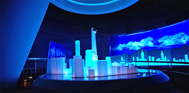File:Iron Man Experience Interior 003.jpg