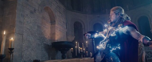 File:Thor AOU 1.jpg