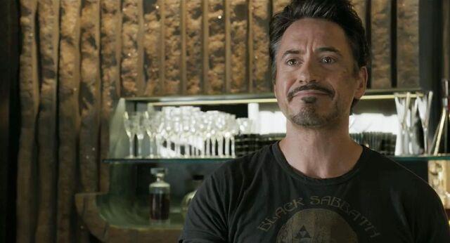 File:Tony talking to Loki.jpg
