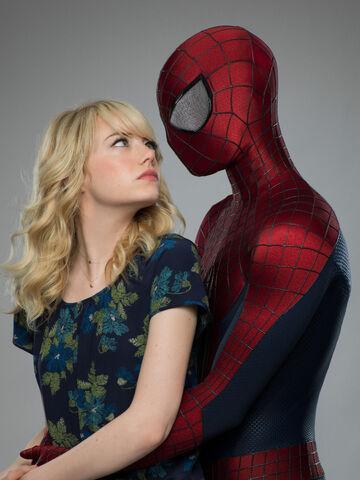 File:Spiderman-Gwen3.jpg