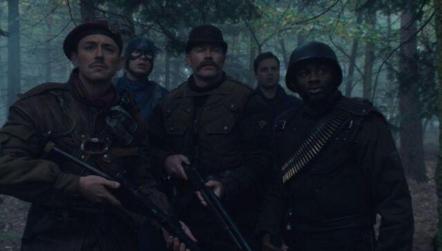 File:Captain America 2011 mk324.JPG