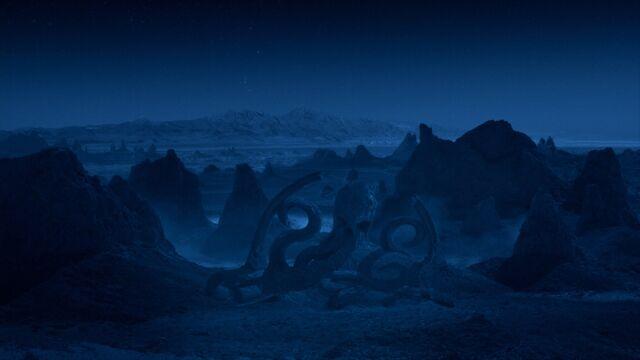 File:Hydra Logo AOS Dark Planet.jpg