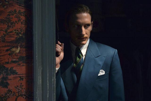 File:Agent Carter NINTE Still 2.jpg