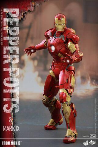File:Iron Man Mark IX and Pepper Hot Toys 14.jpg