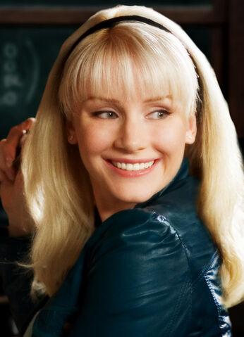 File:Gwen Stacy.jpg