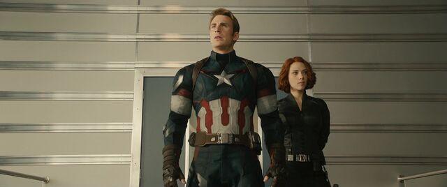 File:Avengers Age of Ultron 180.JPG