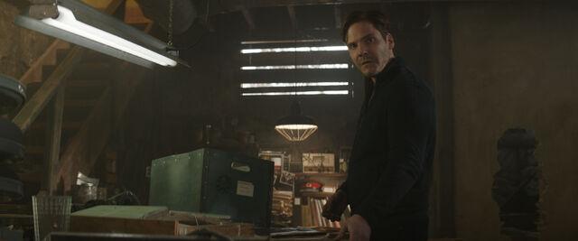 File:Captain America Civil War 214.jpg