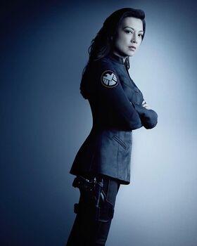 Agents Of SHIELD Season 4 Poster May