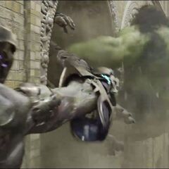 Hulk attacking The Chitauri.